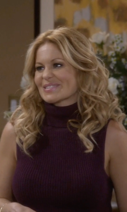 Candace Cameron Bure with Aqua Cashmere Turtleneck Sleeveless Sweater in Fuller House