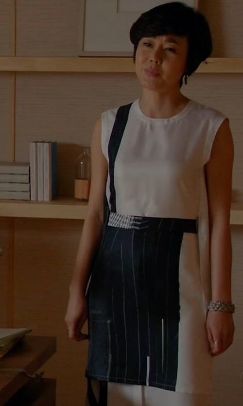 Yunjin Kim with DKNY Patchwork Print Silk Dress in Mistresses