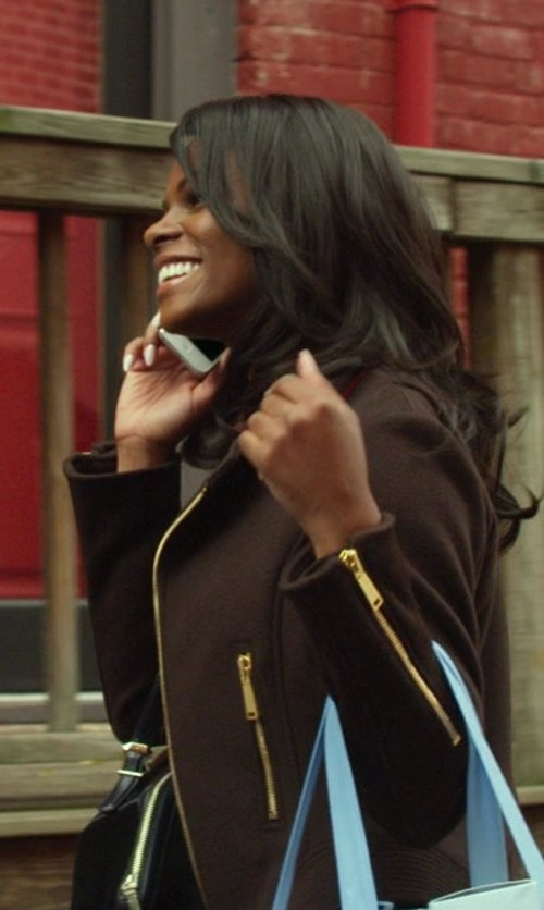 Tika Sumpter with Joie Edie Zip Tote Bag in Ride Along