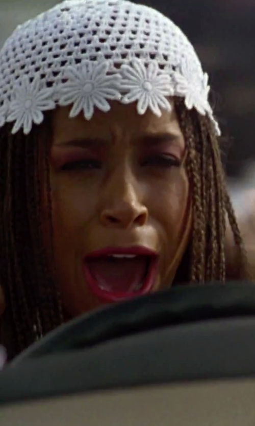 Stacey Dash with Pop Fashionwear Winter Knit Flower Beanie in Clueless