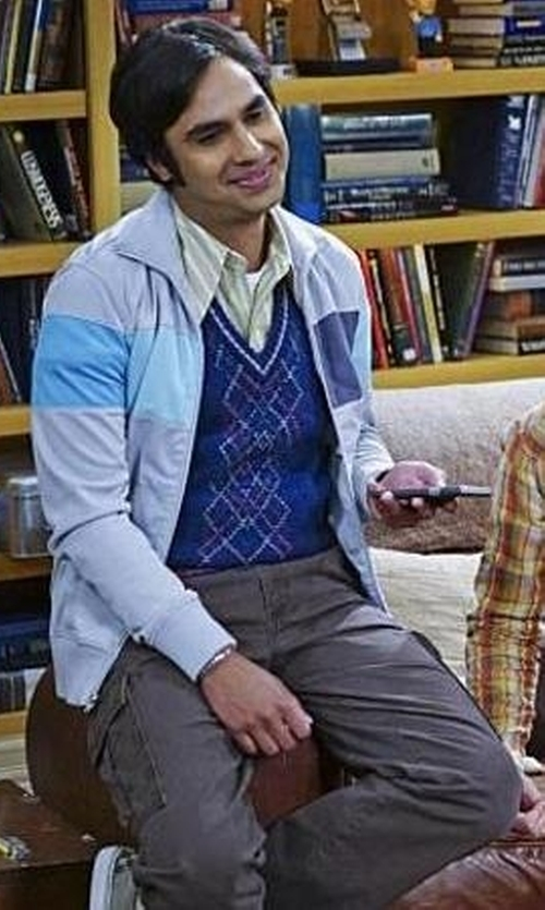 Kunal Nayyar with Dickies Relaxed Fit Cargo Pants in The Big Bang Theory