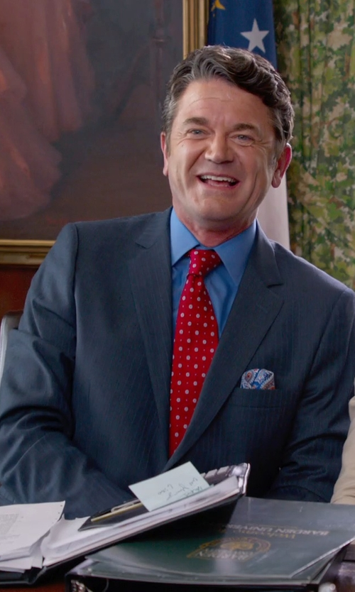 John Michael Higgins with John W. Nordstrom Classic Fit Stripe Wool Suit in Pitch Perfect 2