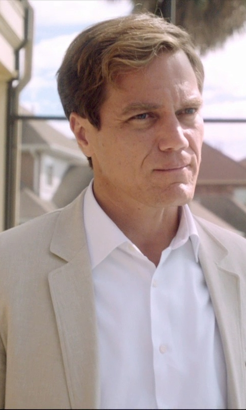 Michael Shannon with Barneys New York Solid Dress Shirt in 99 Homes