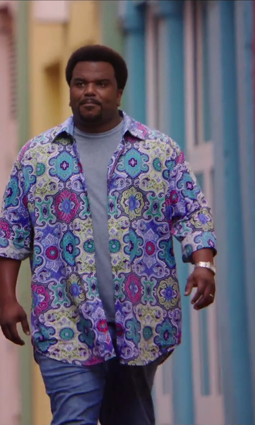 Craig Robinson with Gucci Timeless Collection Stainless Steel Rectangle Watch in Hot Tub Time Machine 2