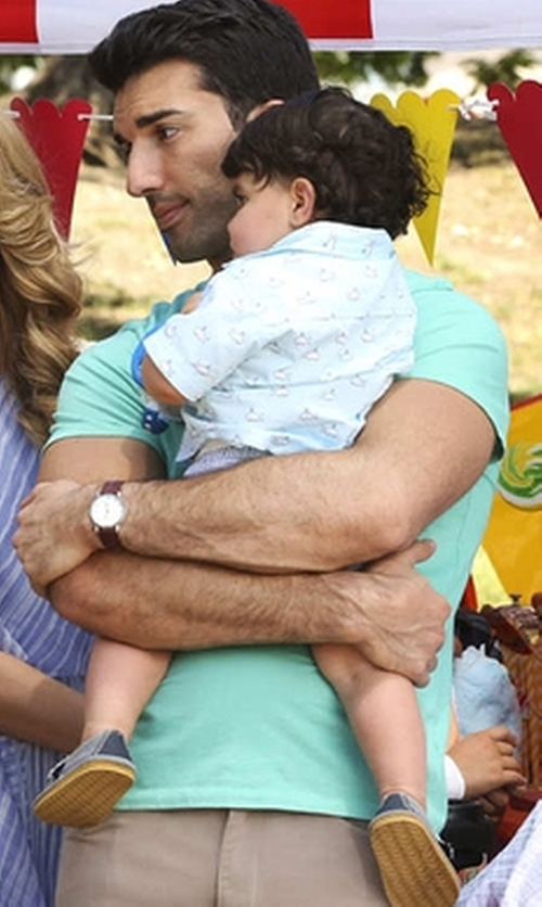Justin Baldoni with Victorinox Swiss Army Stainless Steel Chronograph Leather Strap Watch in Jane the Virgin