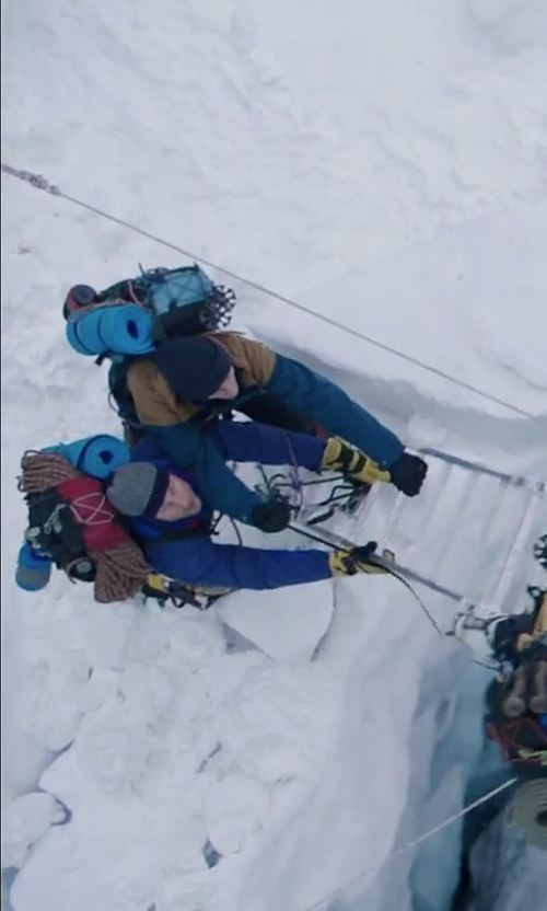 Martin Henderson with Ski-Doo X-Team Crew Gloves in Everest