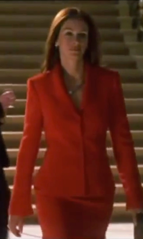 Julia Roberts with Jm Studio By John Meyer Floral Jacquard Skirt Suit in Ocean's Eleven
