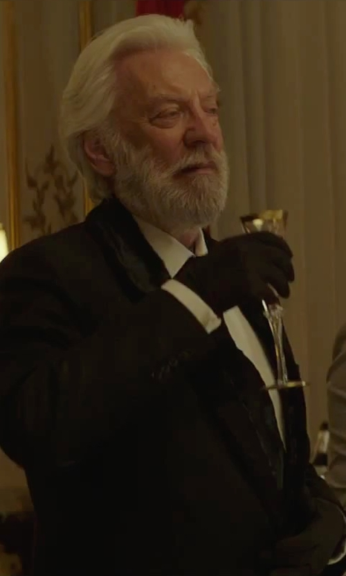 Donald Sutherland with Dolce & Gabbana Shawl Blazer in The Hunger Games: Mockingjay - Part 2