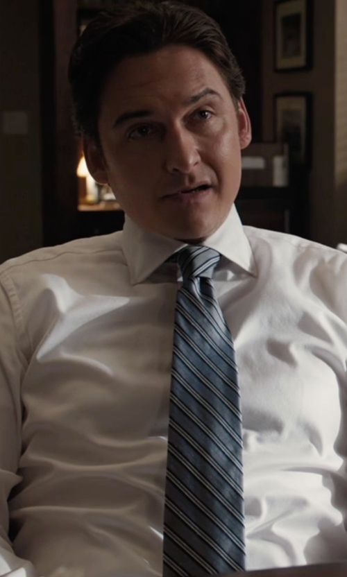 Toby Leonard Moore with Ermenegildo Zegna Woven Stripe Silk Tie in Billions