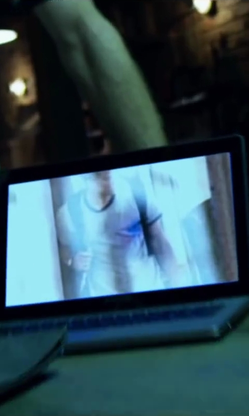 Unknown Actor with Apple MacBook Pro Laptop in Project Almanac