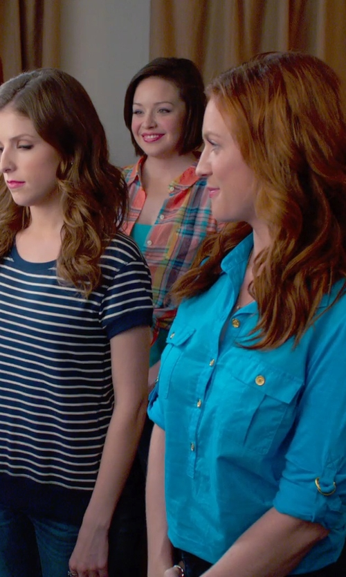 Shelley Regner with Lauren Ralph Lauren Long Sleeves Plaid Shirt in Pitch Perfect 2