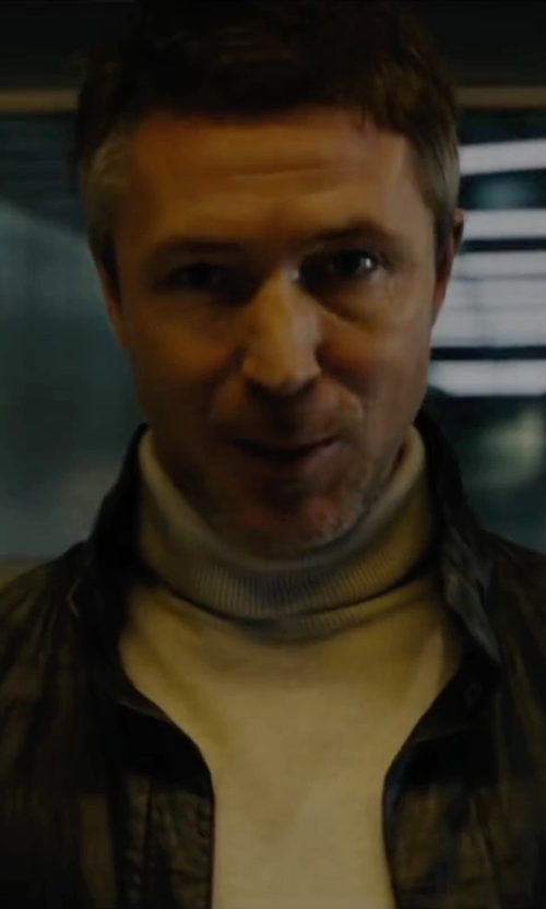 Aidan Gillen with Gran Sasso Turtleneck Sweater in Maze Runner: The Scorch Trials