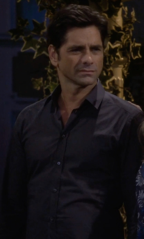 John Stamos with Brooks Brothers Milano Irish Linen Sport Shirt in Fuller House