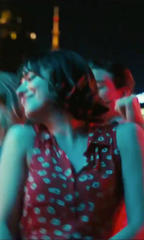 Dakota Johnson with Forever 21  Daisy Print Blouse in How To Be Single