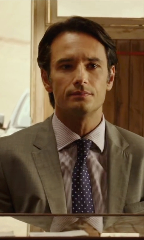 Rodrigo Santoro with Yves Saint Laurent Grey Twill Wool 2-Button Suit in The 33