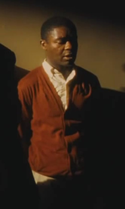 David Oyelowo with James & Nicholson Men's V-Neck Cardigan in Lee Daniels' The Butler