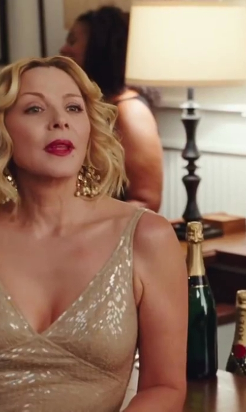 Kim Cattrall with Jimmy Choo Glitter Tube Clutch Bag in Sex and the City 2