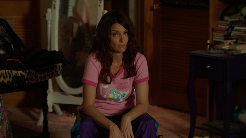 Tina Fey with Tv's Toy Box Care Bears Cheer Bear Belly Badge Pink T-Shirt in Sisters