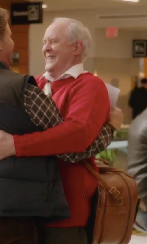 John Lithgow with Coach Explorer Bag in Daddy's Home 2