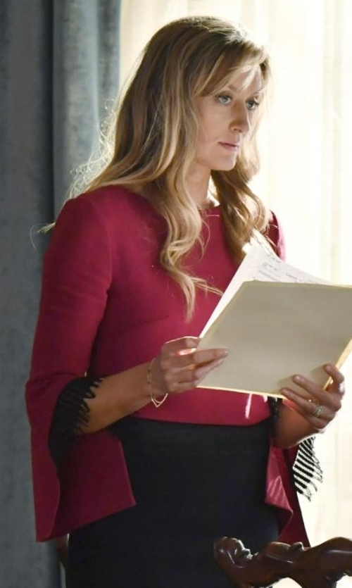Natascha McElhone with Alice + Olivia Bernice 3/4 Ruffle-Sleeve Back-Zip Top in Designated Survivor