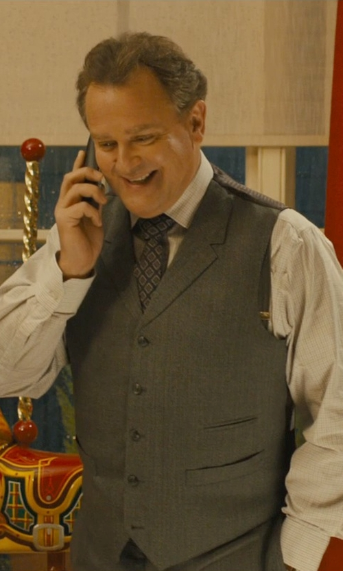 Hugh Bonneville with David Donahue Ryan Classic Fit Three Piece Suit in Paddington