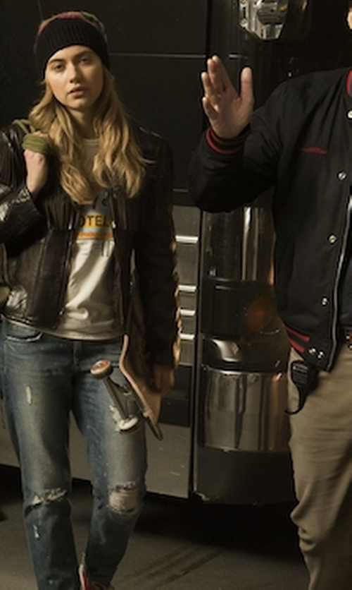 Imogen Poots with Just Black Distressed Slim Boyfriend Jeans in Roadies