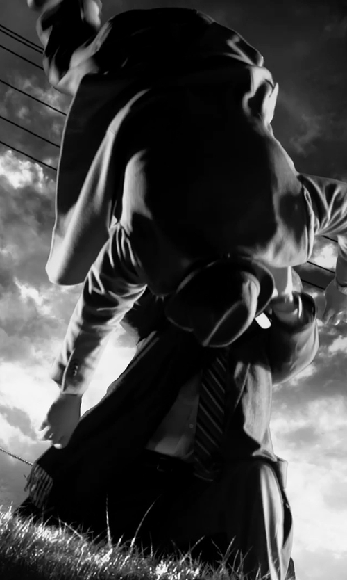 Christopher Meloni with Theory Jake Suit Trousers in Frank Miller's Sin City: A Dame To Kill For
