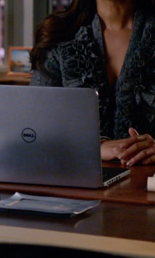 Gina Torres with Dell Inspiron 15 7000 Series 7548 Touchscreen Laptop in Suits