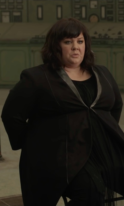 Melissa McCarthy with White Label by Rachel Pally Katia Blouse in Spy