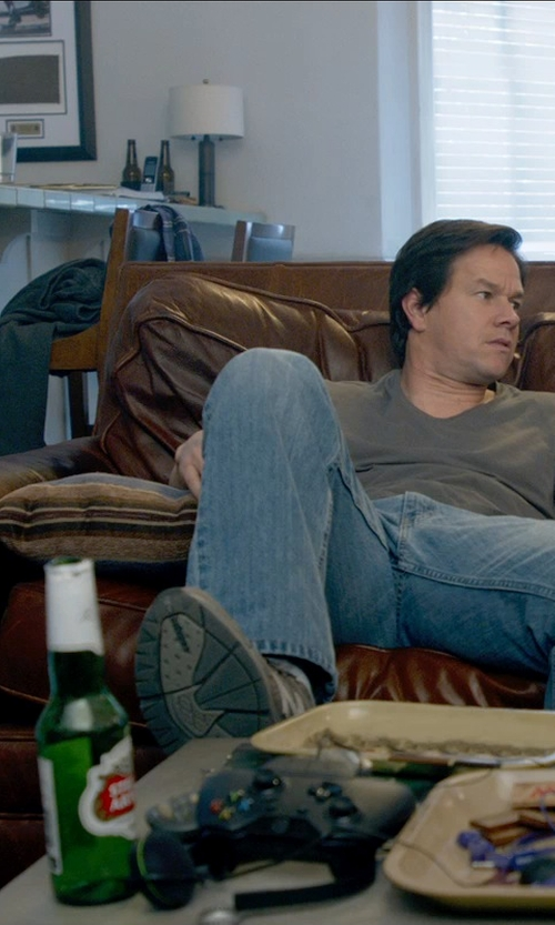 Mark Wahlberg with Stella Artois Beer in Ted 2