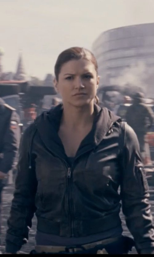 Gina Carano with Giacca Faux Leather Scuba With Zipout Hoodie in Fast & Furious 6