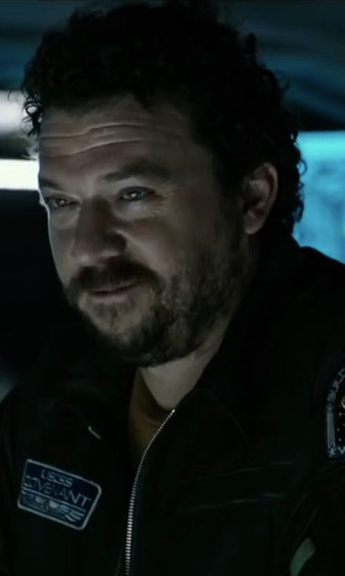 Danny McBride with Titan One Covenant Uniform Tag Patch in Alien: Covenant