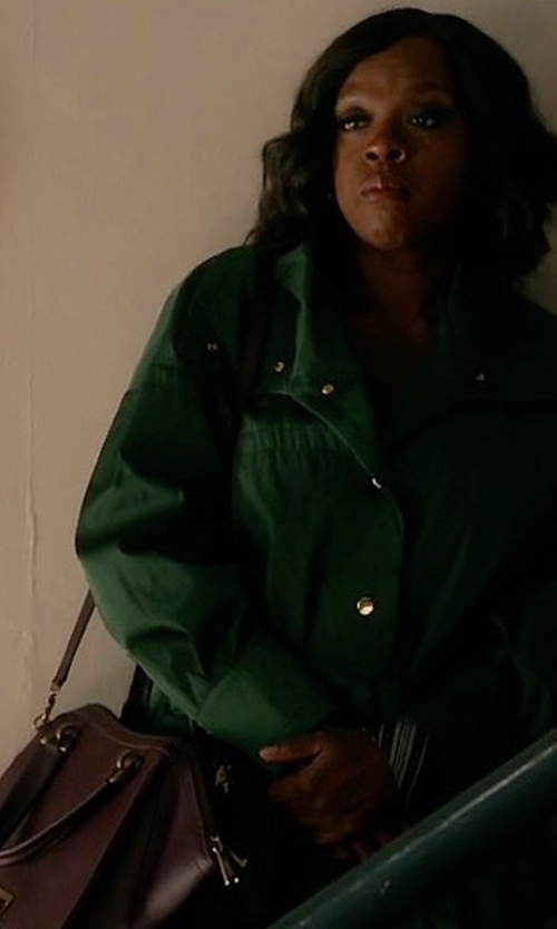 Viola Davis with Zac Zac Posen Eartha Iconic Jumbo Double Handle Satchel Bag in How To Get Away With Murder