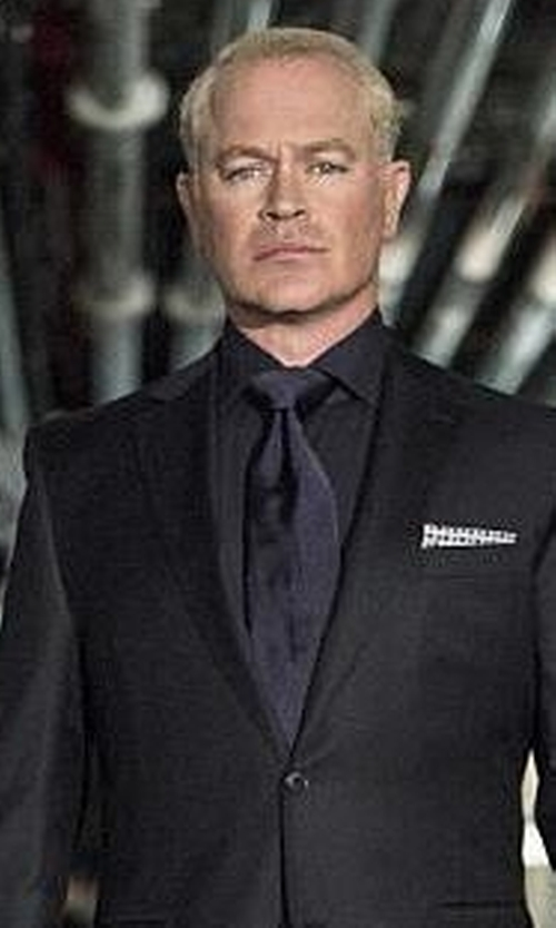 Neal McDonough with Roma Slim Fit Cotton Dress Shirt in Arrow