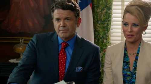 John Michael Higgins with Brooks Brothers Herringbone Circle Tie in Pitch Perfect 2