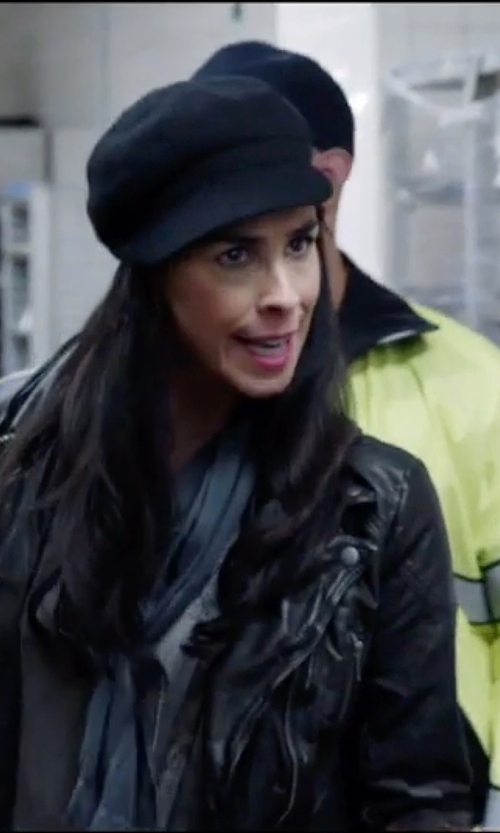 Sarah Silverman with Betmar Women's Blake Newsboy Cap in Popstar: Never Stop Never Stopping