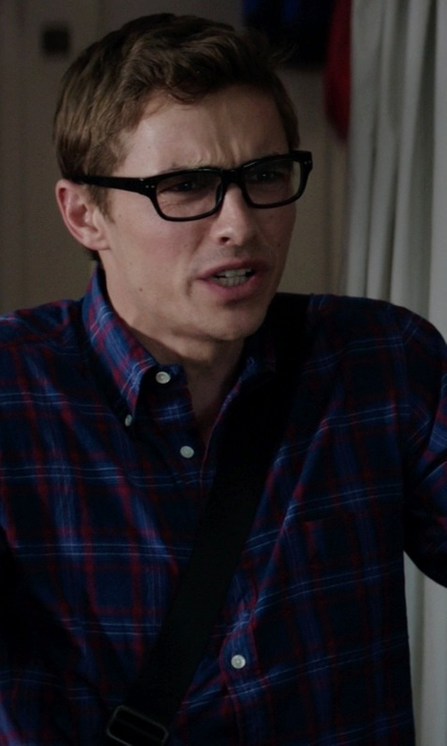 Dave Franco with Hurley Tanner Long-Sleeve Plaid Shirt in Neighbors