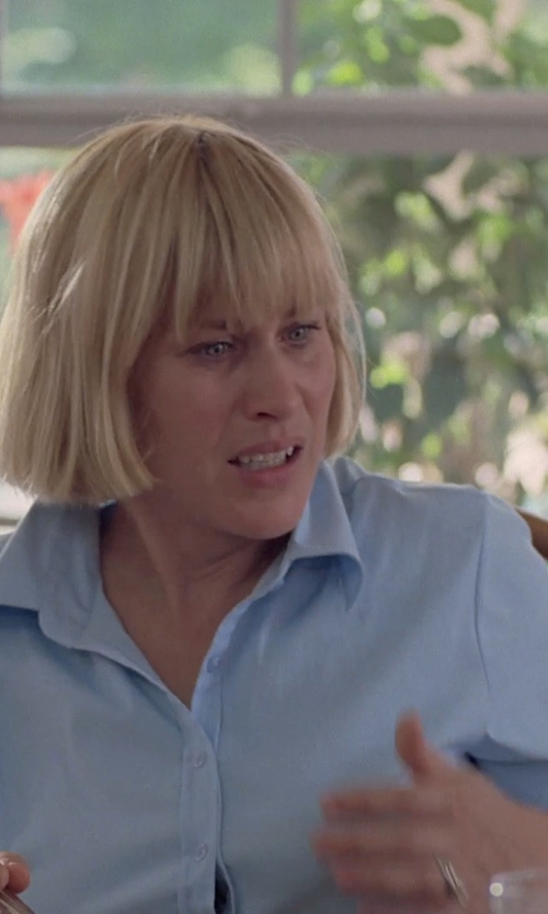 Patricia Arquette with Pomandere Button Down Shirt in Boyhood