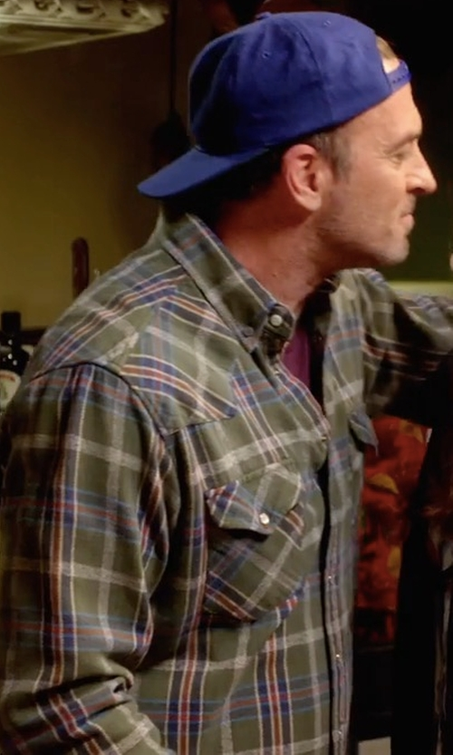 Scott Patterson with Vince Yarn-Dyed Plaid Long-Sleeve Shirt in Gilmore Girls: A Year in the Life