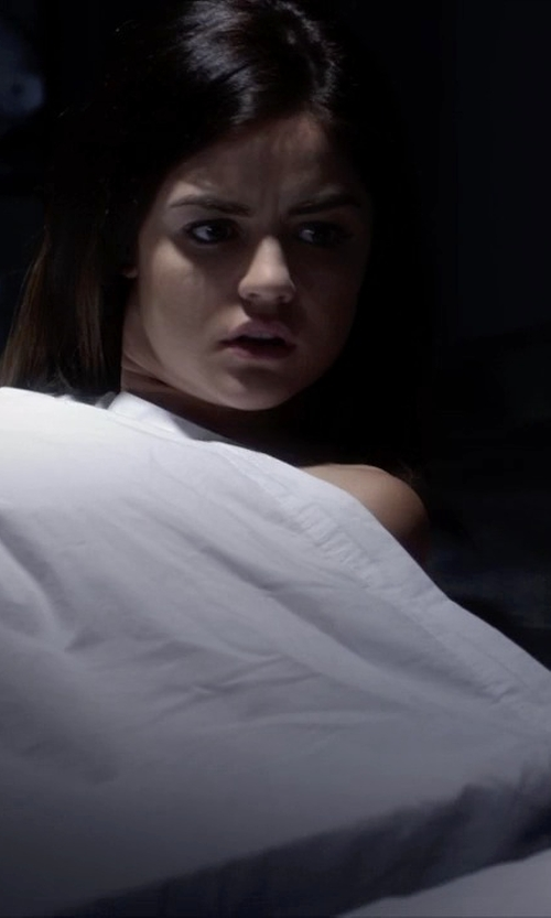 Lucy Hale with Eddie Bauer Herringbone Blanket in Pretty Little Liars