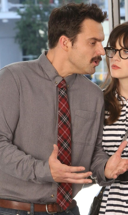 Jake Johnson with Del Siena Single Chest Pocket Shirt in New Girl