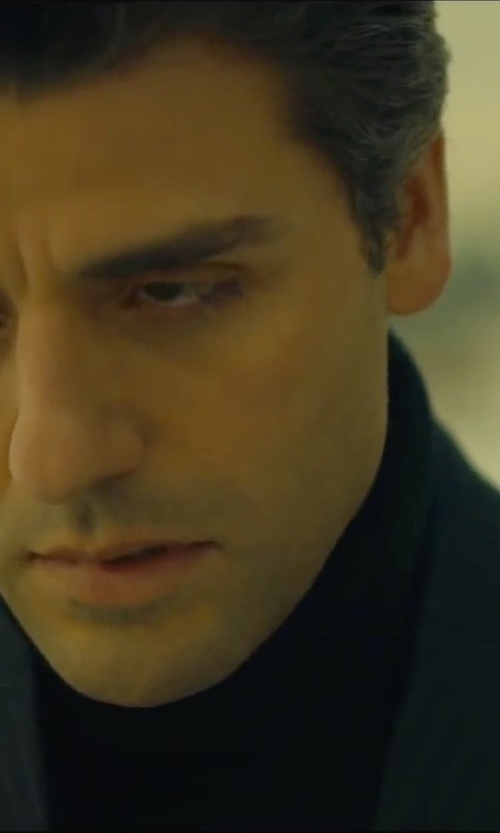 Oscar Isaac with Isaia Pinstripe Two-Piece Suit in A Most Violent Year