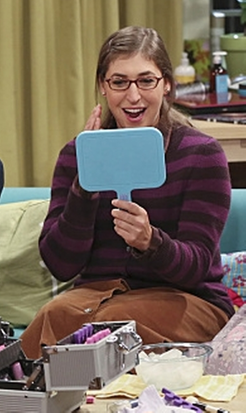 Mayim Bialik with Lands' End Button Front 21 Wale Corduroy Skirt in The Big Bang Theory