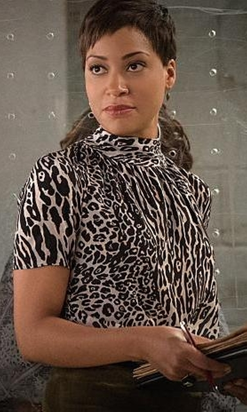 Cush Jumbo with Macy's Jm Collection Animal-Print Turtleneck Top in The Good Wife