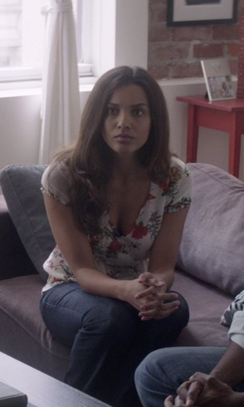 Jessica Lucas  with Lauren Jeans Co. Super-Stretch Straight-Leg Jeans in That Awkward Moment