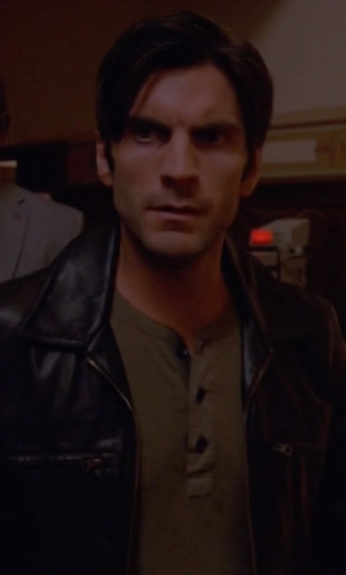 Wes Bentley with Rag & Bone Raglan Henley Shirt in American Horror Story
