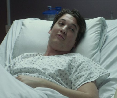 Miles Teller with Nobles Health Care Demure Print Hospital Gown in That Awkward Moment