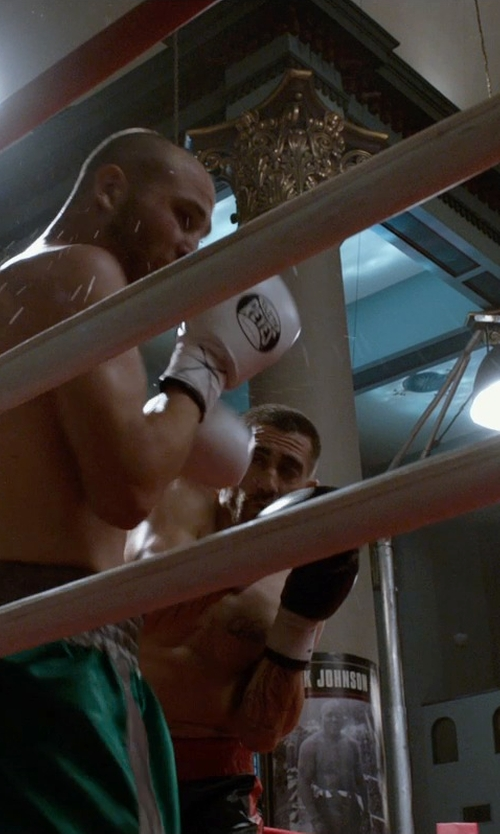 Jake Gyllenhaal with Rival Hook-and-Loop Sparring Gloves in Southpaw