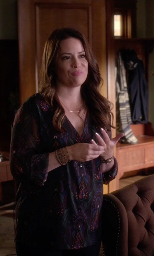 Holly Marie Combs with Alice + Olivia Fall Garden V-Neck Chiffon Blouse in Pretty Little Liars