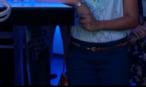 Chrissie Fit with Carven Red Crossbody Bag in Pitch Perfect 2